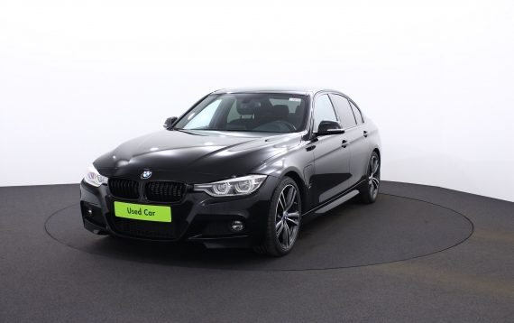 BMW – 330 e drive – M Pack